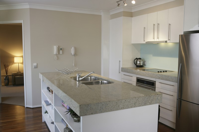 imperial white k chenarbeitsplatte gneis granit marmor. Black Bedroom Furniture Sets. Home Design Ideas